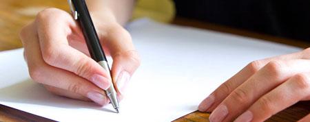 Assinando Declaração Escolar